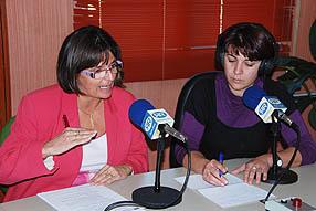 Encarni Siendones junto a Mariana Moreno durante la entrevista