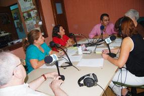 El programa contó con miembros de ARAEM, profesionales y  familiares de personas afectadas