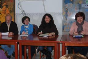 La presidenta Francisca Porras junto a otros miembros de la  directiva durante la asamblea general