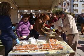 El roscón de Reyes ha estado organizado por el Grupo Joven  de la archicofradía de la   Virgen del Carmen