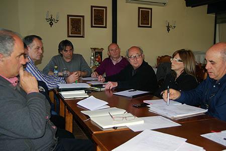 La dirección de EPSA se reúne en Rute con los  gerentes provinciales para reorientar y coordinar las políticas del suelo