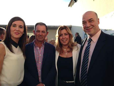Antonio  Aroca con la presidenta de la Junta, Susana Díaz, el alcalde de Rute, Antonio  Ruiz, y la alcaldesa de Monturque, Teresa Romero, en el encuentro de Antequera