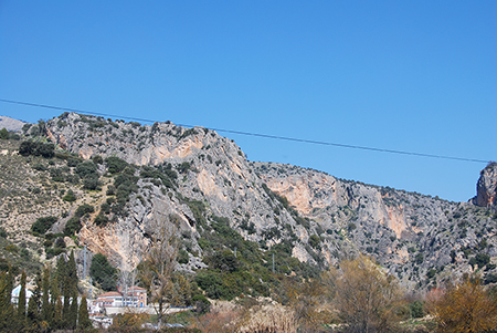 Los depósitos, situados en paraje de La Hoz,  abastecen a 29 municipios de Córdoba y a Cuevas de San Marcos, en Málaga