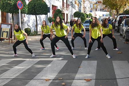 Las chicas reconocen que les gusta bailar, pero  ven muy positivo concienciar a través de una iniciativa como ésta