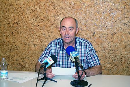 Francisco Cabrera durante su comparecencia ante los  medios de comunicación