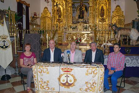 La presentación del cartel y el programa tuvo  lugar en la ermita de Nuestra Señora del Carmen