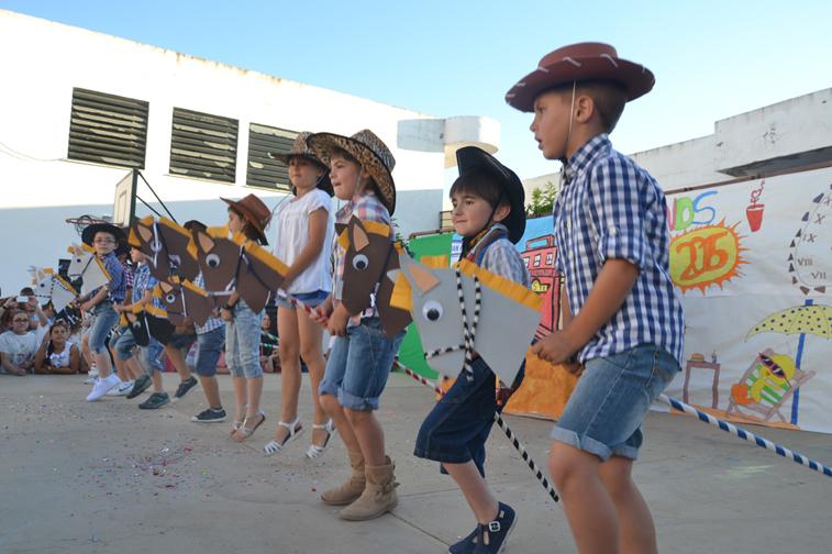 En los tres centros ruteños se vivió una jornada lúdica y festiva, con diferentes actuaciones, para echar el cierre al curso escolar