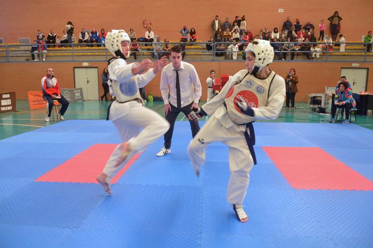A diferencia del pentatlón local, en este torneo se ha centrado en la vertiente competitiva del taekwondo