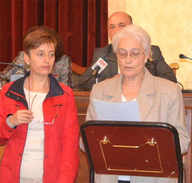 Los miembros de ARAEM leyeron un manifiesto de apoyo a las personas con enfermedad mental