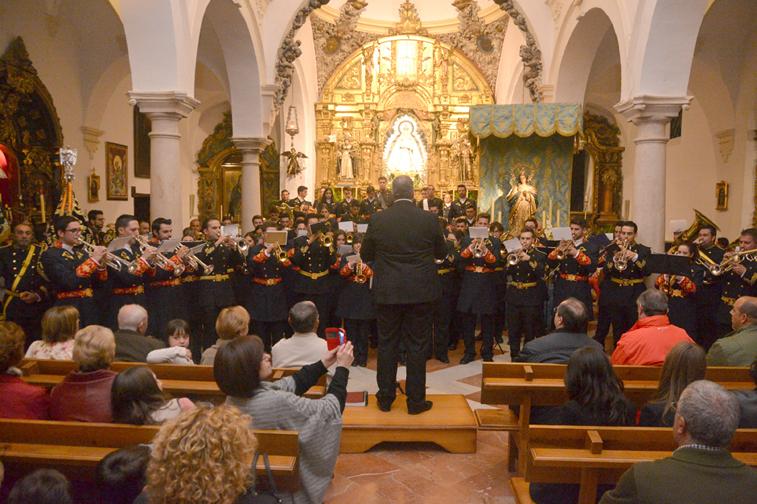 El concierto ofrecido en San Francisco de Asís culminó con una interpretación conjunta de las dos agrupaciones