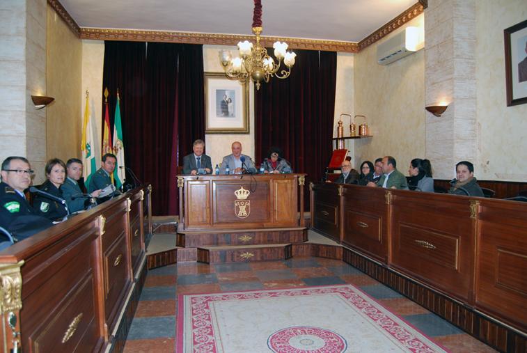El alcalde junto al subdelegado del Gobierno presiden en Rute la Junta de Seguridad Ciudadana convocada con carácter urgente y extraordinario