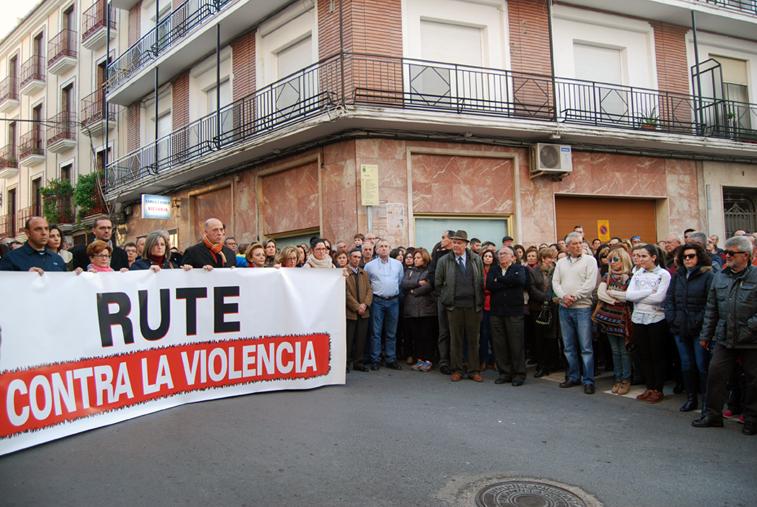 Los ruteños también manifestaron su rechazo a esta agresión en la manifestación celebrada el 24 de diciembre