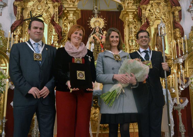Tanto la pregonera como los hermanos mayores están muy vinculados a la Virgen del Carmen y las Fiestas Patronales
