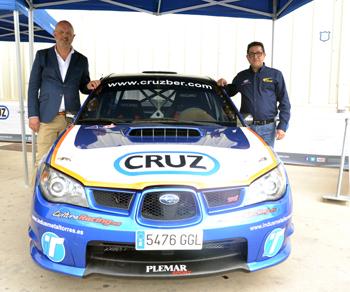 El piloto Francisco Jiménez asegura que sin los patrocinadores su proyecto sería inviable