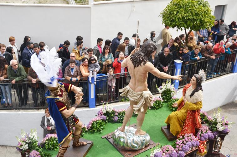 La procesión de Jesús Resucitado, con el estreno de las dos nuevas imágenes, había despertado mucha expectación