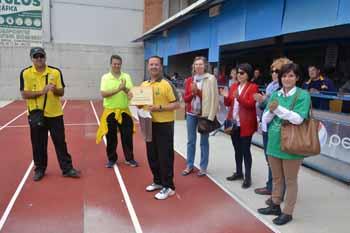 Los jugadores ruteños también se llevaron un recuerdo por su colaboración con la iniciativa