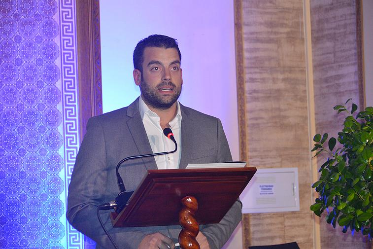 Aguilera detalló los objetivos de la empresa, mientras su compañero Borrego se centró en la colaboración con FEDER